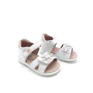 f92be951f5 ... GARVALIN bebe πέδιλο για κορίτσι σε λευκό χρώμα.Δερμάτινο εξωτερικά και  εσωτερικά